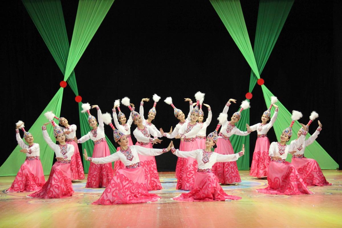 KAZAKHSTAN - Akmola - Folk Dance Ensemble Shalkyma